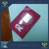 Chemise faite sur commande de carte de PVC de pièce d'or avec le code barres évident de bourreur