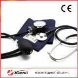 聴診器が付いている経済的な液体を用いないSphygmomanometerキット