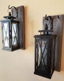 Bougeoirs fixés au mur rustiques de lanterne