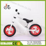 12インチの空気タイヤの販売またはアルミニウムフレームが付いている小型赤ん坊の歩行のバイクフィートののための最も安いバランスのバイク力の子供の連続したバイクの自転車の