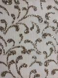 ガラス石が付いている網またはネットの刺繍