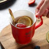 10 Oz 금 색깔 유럽 세라믹 커피잔 호화스러운 사기그릇 커피 잔