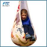 Nest van de Hangmat van de Zetel van de Peul van het Hoekje van de Stoel van de Schommeling van de Peul van jonge geitjes het Hangende