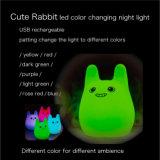 Mlti kleurt het Veranderende van de LEIDENE van het Konijn Licht Nacht van het Silicium met Lader USB