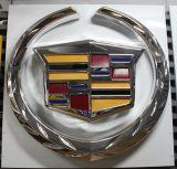 Vácuo do revestimento do ouro que dá forma sinal do logotipo do diodo emissor de luz ao auto/logotipo do concessionário automóvel