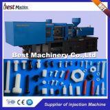 La gran cantidad de PVC plástico transmite la máquina que moldea de la inyección