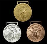 Neuer Entwurfs-Zink-Legierungs-Sport, der Medaille mit kundenspezifischem Farbband läuft