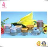 異なったサイズと白くなり、保湿する皮のための中国の製造者の装飾的で贅沢な円形のガラス瓶