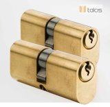 El óvalo de cobre amarillo del satén de los contactos del euro 5 del bloqueo de puerta asegura el bloqueo de cilindro 50mm-50m m