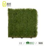 Mattonelle di pavimento di plastica artificiali di collegamento dell'erba per l'abbellimento del giardino