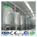 La planta de procesamiento automático de la leche producir diversos tipos de productos lácteos