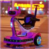 Voiture de jouets en plastique pour enfants avec roue Luminaire