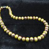 卸し売り方法宝石類は宝石類、ビードの普及した女性ネックレスモデル、多色刷りのビードのネックレスに玉を付ける