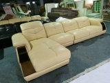 クリーム色カラーカントンの公平なソファー、中国の革ソファー、ヨーロッパの現代ソファー(A64)