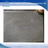 Feuillet en acier inoxydable gravé en tant que partie filtrante
