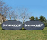展覧会を広告する最上質の染め補助的な印刷の屋外のイベントによっては図形昇進のゴルフスポーツのゲーム日の表示印の立場が付いているフレームの旗が現れる