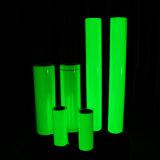 Brilha no escuro com pigmento amarelo verde