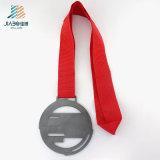 Medaglia d'attacco dello smalto del metallo su ordinazione d'argento antico di marchio con il nastro di nylon