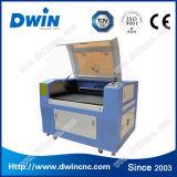 Petit laser au CO2 40W pour l'étiquette de la machine de gravure de verre en bois
