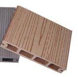 Piscina Ocox deck de madeira plástica