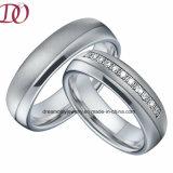 Fascia di cerimonia nuziale d'acciaio di titanio superiore di accoppiamenti dell'anello di promessa di amore
