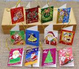 Varias tarjetas de felicitación de la decoración de la etiqueta para la Navidad