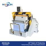 Manuelle faltende Ml750 und stempelschneidene Maschine