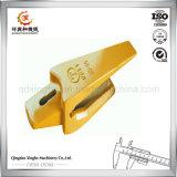 China Iron Sand Casting Bucket Dente Adaptador com tratamento térmico