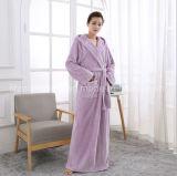 Comércio por grosso e personalizados de qualidade superior mais quentes flanela de longa Fleece roupão de banho para Home Hotel