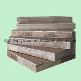 1220*2440mm 18mm placage de chêne rouge face Blockboard falcata Core