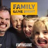 Edição da família da boca de Ya do relógio - o autêntico, divertido, jogo de cartão do partido de Mouthguard