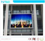 Tablilla de anuncios al aire libre de LED P10 que hace publicidad de la visualización de LED