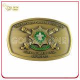 習慣によって刻まれる宝石石の装飾の金属のベルトの留め金