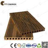 Пол строительного материала WPC деревянный пластичный составной напольный