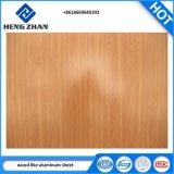 Usine professionnel PE/PVDF enduit de couleur du grain du bois de la bobine en aluminium pour intérieur et extérieur