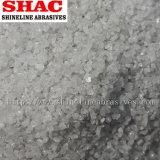 Взрывая зерна белой алюминиевой окиси