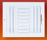 La pared lateral y rodapié rejillas del aire HVAC 2015