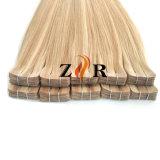 El color de luz llamado natural del cabello de la India la cinta en la extensión de Cabello