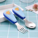 スプーンおよびフォークを含むプラスチックハンドルを持つ子供のためのステンレス鋼の平皿類か食事用器具類