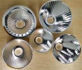 Металлические вращается и обработки с обработка поверхности