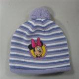 새로운 형식 시대 주문 자수 옥외 뜨개질을 한 겨울 베레모 모자 모자