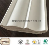Surface de bois solide personnalisé de moulures en couronne