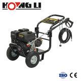 L'essence nettoyeur haute pression de carburant de type de machine est l'essence (HL-2200GO)