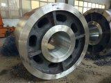 L'acciaio inossidabile muore forgiare le rotelle d'acciaio ferroviarie del treno di pezzo fucinato libero