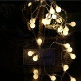 クリスマスの装飾の小さい丸いボールランプストリングライト