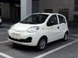 Una nuova automobile elettrica venente delle 4 sedi con l'alta velocità