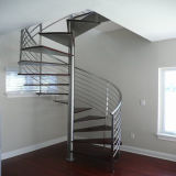 Diseño moderno en el interior de acero inoxidable barandilla escalera de caracol de madera