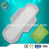 Garniture sanitaire de coton respirable antibactérien d'OEM pour la femelle