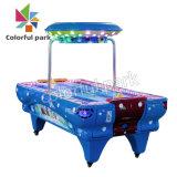 De kleurrijke Machine van het Spel van de Jonge geitjes van het Hockey van het Vermaak van het Park Binnen Kosmische Video