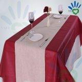 Gebildet in der China-wasserdichten nichtgewebten Tischdecke für Hochzeits-Bankett/Hotel